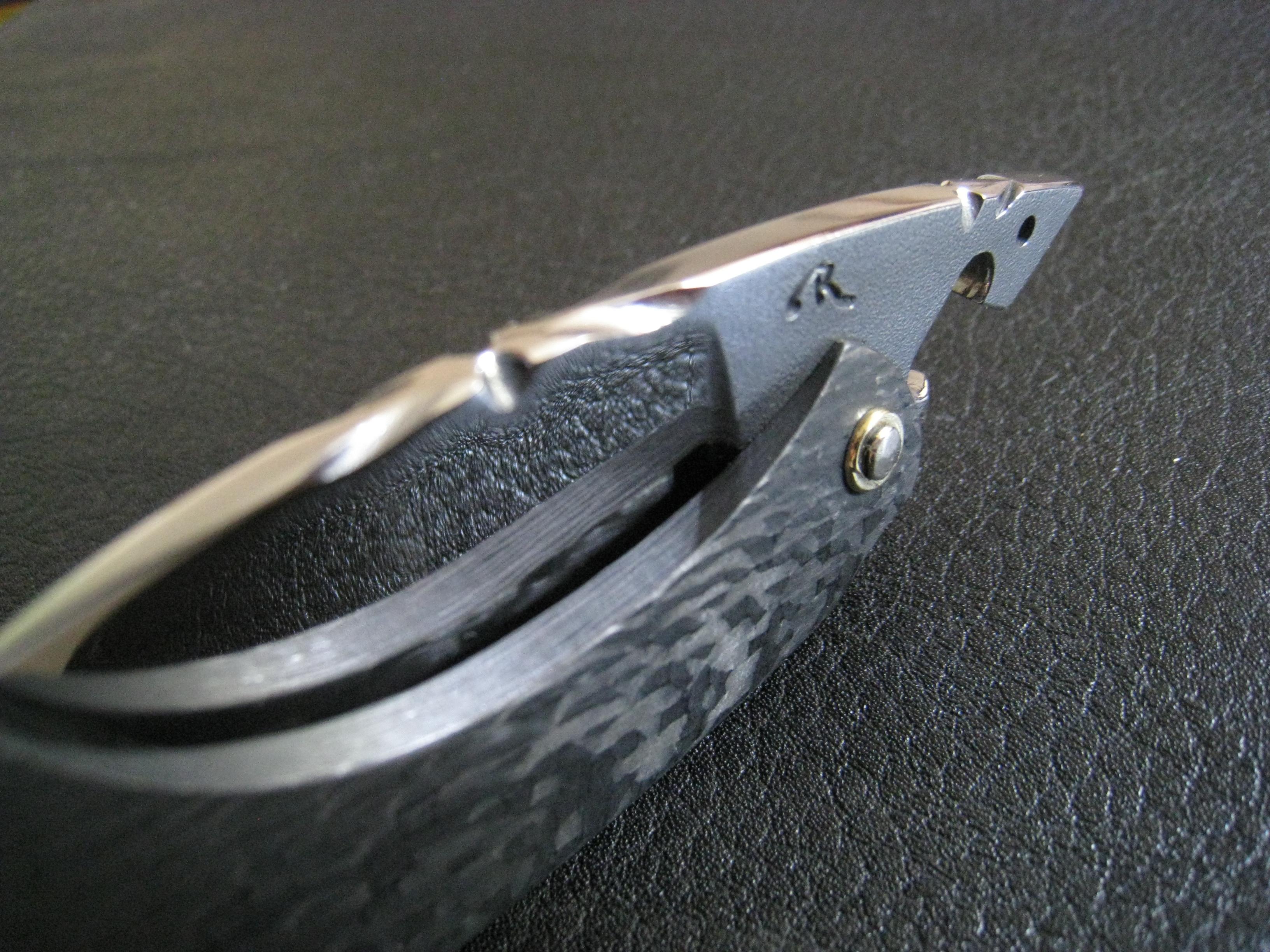 Un mini requin mousse lame polie miroir 50 mm x 33 mm x for Miroir 50 mm